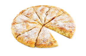 Round country pie with cream